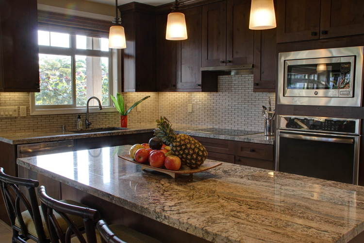 Los electrodomésticos con golpes son habituales en las cocinas