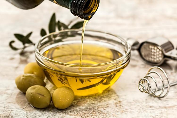 Con aceite usado se puede preparar jabón líquido para lavadora
