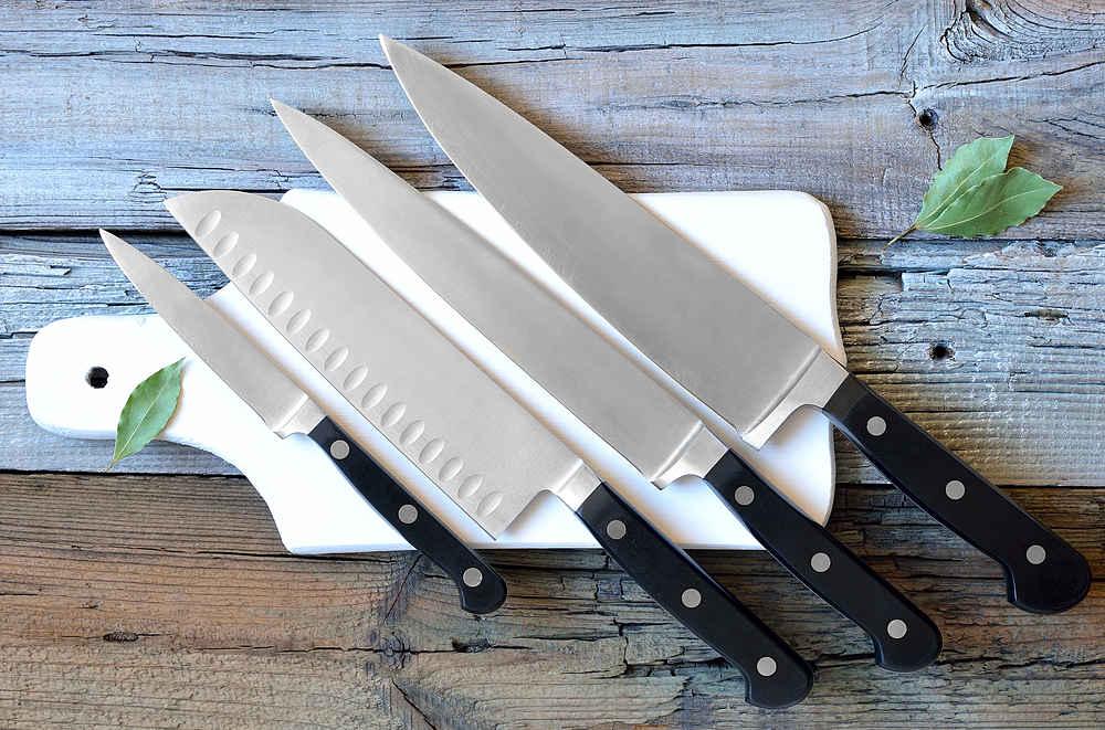 cosas que no deberías poner en el lavavajillas cuchillos - la casa tecno