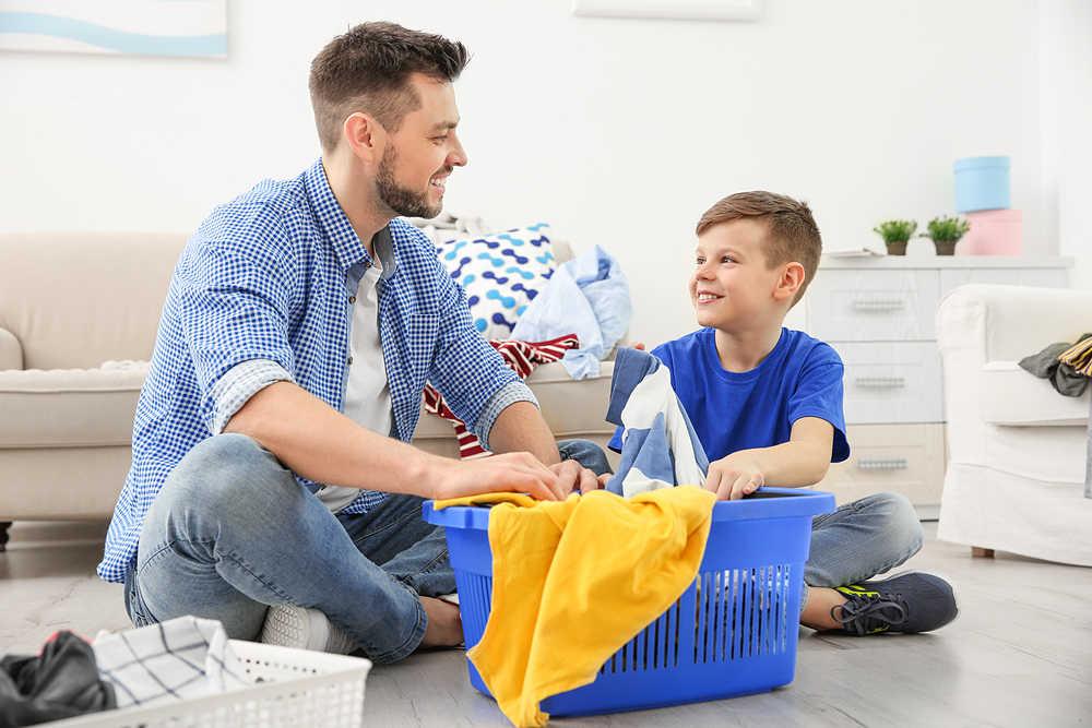 trucos para lavar la ropa - separar la ropa - La Casa Tecno