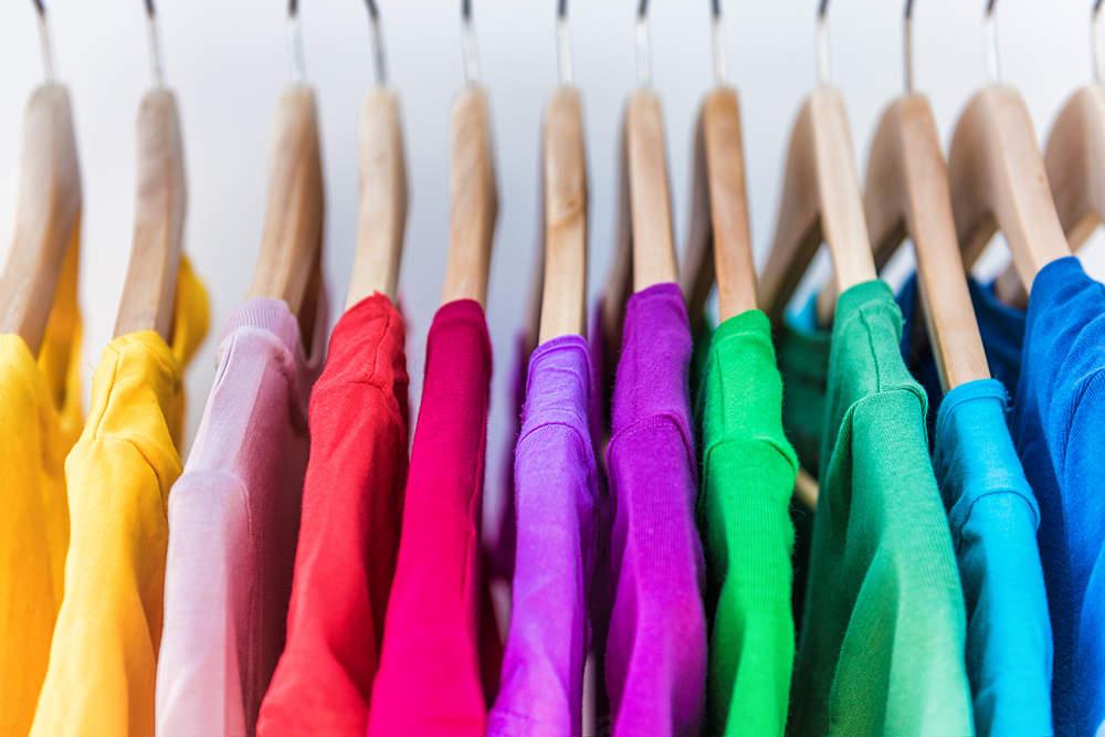 8 trucos para eliminar la electricidad est tica de la ropa for Eliminar electricidad estatica oficina