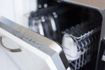 errores comunes al poner el lavavajillas