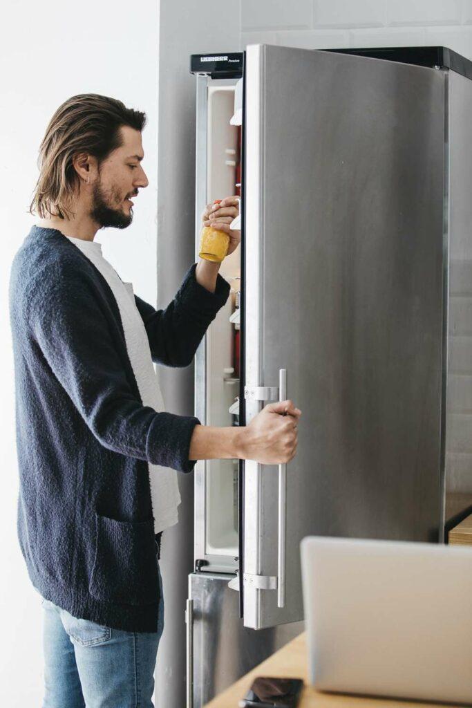 reparar goma del frigorífico
